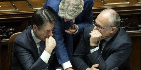 Foto Roberto Monaldo / LaPresse 09-09-2019 Roma  Politica Camera dei Deputati - Voto di fiducia al governo Conte 2  Nella foto Giuseppe Conte, Paolo Gentiloni, Roberto Gualtieri  Photo Roberto Monaldo / LaPresse 09-09-2019 Rome (Italy) Chamber of Deputies - Vote of confidence to the government Conte 2 In the pic Giuseppe Conte, Paolo Gentiloni, Roberto Gualtieri