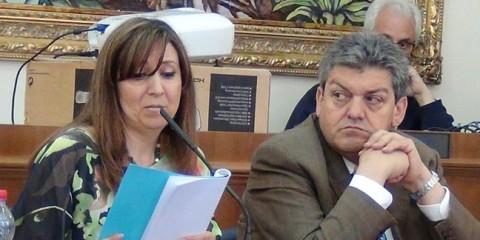Mara-Nicotra-accanto-al-sindaco-di-Melilli-Cannata